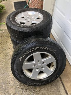 Jeep Wrangler Stock Wheels and Tires