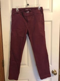 Old Navy maroon pixie pants size 6