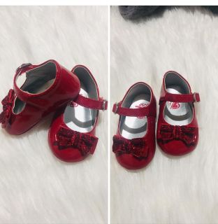 Newborn red shoes