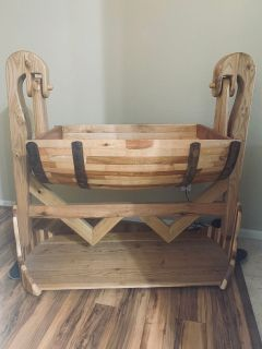 Barrel bassinet/ storage basket