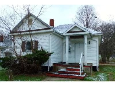 2 Bed 1 Bath Foreclosure Property in Lancaster, OH 43130 - Washington Ave