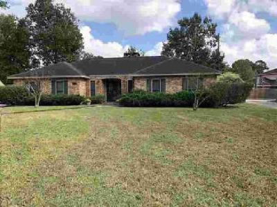 4720 Taft Beaumont Three BR, This home was built for entertaining