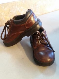 Baby shoes, size 6, good condition