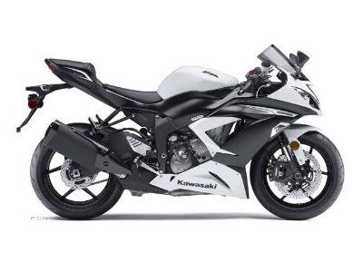 2013 Kawasaki Ninja ZX -6R SuperSport Motorcycles Saint Charles, IL