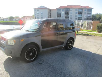 2005 Honda Element LX (Black)