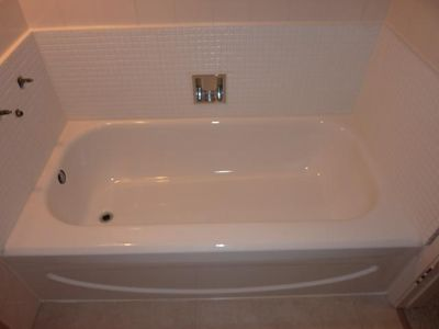 Bathtub Refinishing Reglazing | $100 Off | 925-516-7900