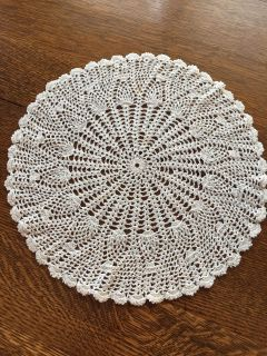 12 Vintage Crocheted Pineapple and Shell Stitched Lace Doily - Small Spot