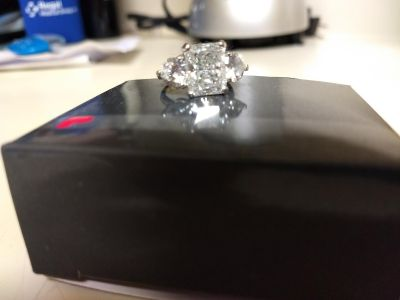GREAT GIFT! ***Must See ALL Photos **Sterling Silver CZ Ring