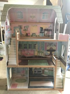 Toys r us wooden Barbie doll house