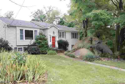 5 Weber Rd West Orange Four BR, This meticulously maintained