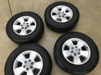 TOYOTA 4RUNNER rims and tires
