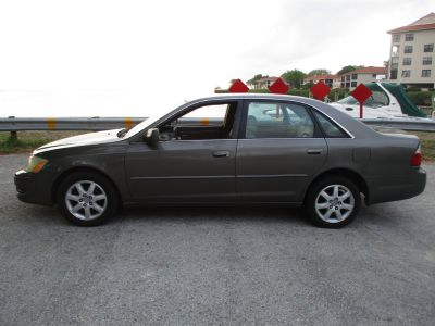 2003 Toyota Avalon XL (Gray)