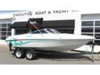 1994 Rinker 209 Captiva Cuddy
