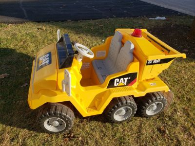 Battery operated ride on vehicle