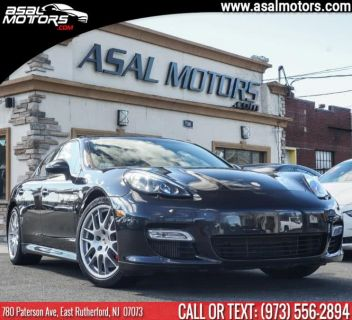 2013 Porsche Panamera Turbo (Black)