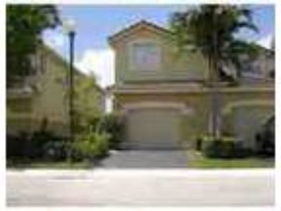 Beautiful Spacious 4 3 Townhome Extremely Well Taken Care