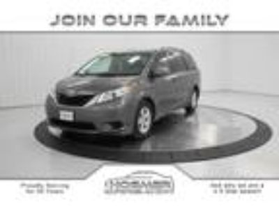 used 2014 Toyota Sienna for sale.
