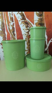 Tupperware Canister Set (4)