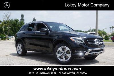 2018 Mercedes-Benz GLC 300 (black)