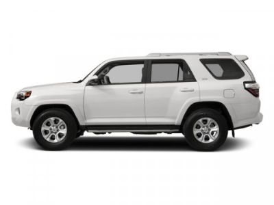 2018 Toyota 4Runner SR5 (Super White)
