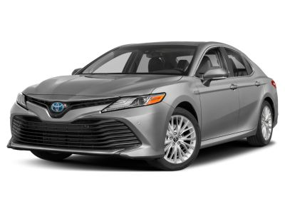 2019 Toyota Camry Hybrid XLE (Midnight Black Metallic)