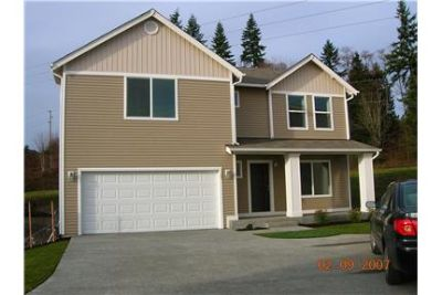 ** Beautiful spacious 3 bedroom home for rent !! *