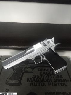 For Sale/Trade: MK VII Israeli Matte Chrome Desert Eagle .44 Mag