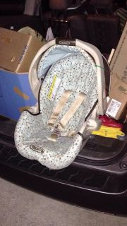 FREE Graco snugride infant car seat carrier