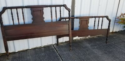 ANTIQUE Spindle Bed Headboard and Footboard