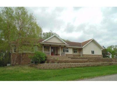 2 Bed 2.5 Bath Foreclosure Property in Saint Cloud, MN 56301 - 28th St S