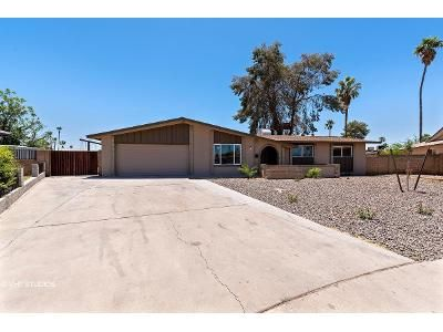 3 Bed 2 Bath Foreclosure Property in Mesa, AZ 85202 - W Del Campo Cir