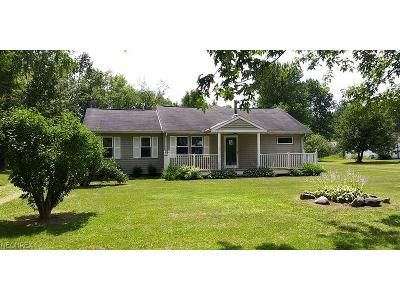 5 Bed 2 Bath Foreclosure Property in Burton, OH 44021 - Jackson Dr