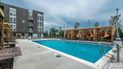 $5100 2 apartment in North Suburbs