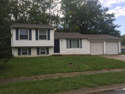 $1235 3 apartment in West Indianapolis