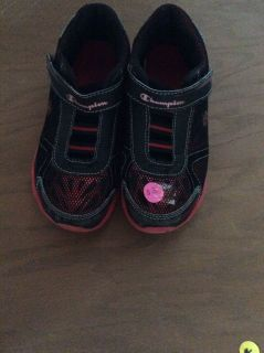 Boys Champion Velcro Strap Shoes in Size 1.5