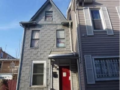 4 Bed 1 Bath Foreclosure Property in Harrisburg, PA 17104 - Thompson St