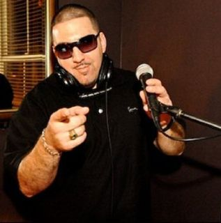 * CELEBRITY DJ AVAILABLE FOR ANY EVENT/VENUE *