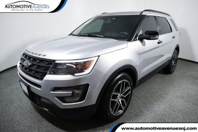 2017 Ford Explorer (Ingot Silver Metallic)