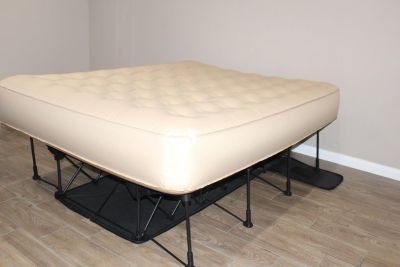 Frontage Portable Bed in PERFECT CONDITION!