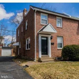1245 Wilson Dr HAVERTOWN, 3 BR all brick twin in an