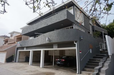 $4299 3 apartment in West Los Angeles