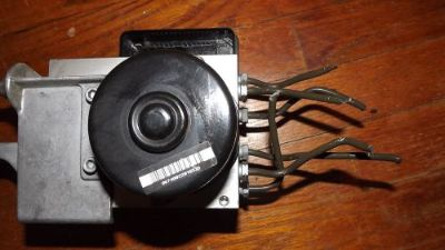 Purchase 02 07 Mercedes C230 C240 ABS antilock brake pump & module OEM 2095453132 - motorcycle in Strongsville, Ohio, United States, for US $299.00