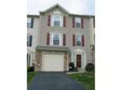 Gracious Townhouse in Pottstown