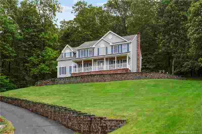 132 Village Gate Drive SOUTHINGTON Three BR, This custom home