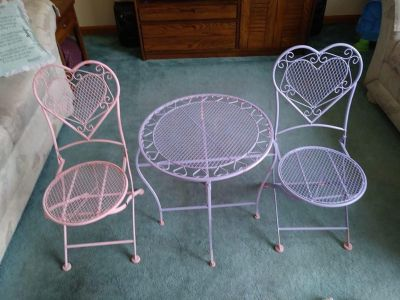 3 Pc Child's Wrought Iron Table & Chairs Purple & Pink