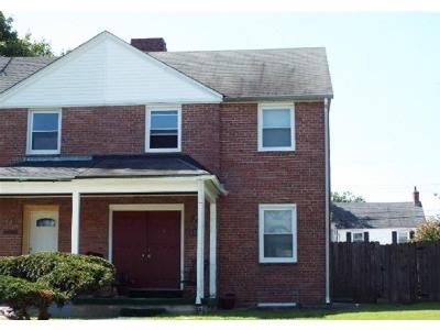3 Bed 2.5 Bath Foreclosure Property in Baltimore, MD 21218 - E 35th St