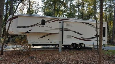 By Owner! 2012 39 ft. Forest River Cardinal 3550RL w/3 slides