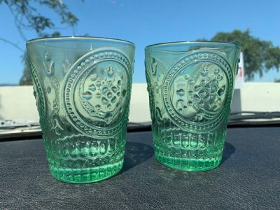 Set of 2 Green Decorative Drinking Cups