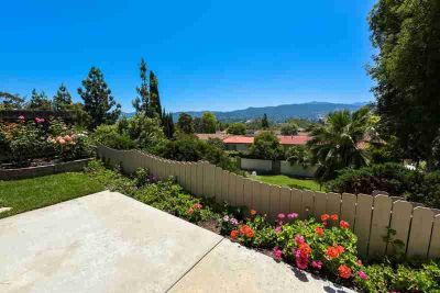 612 Knollview Lane THOUSAND OAKS Three BR, Location, Location!!!