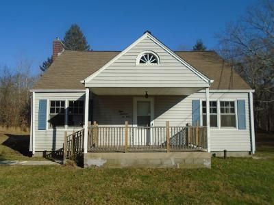 3 Bed 1 Bath Foreclosure Property in Oakdale, CT 06370 - Route 163